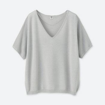 オーバーサイズVネックセーター(半袖).jpg